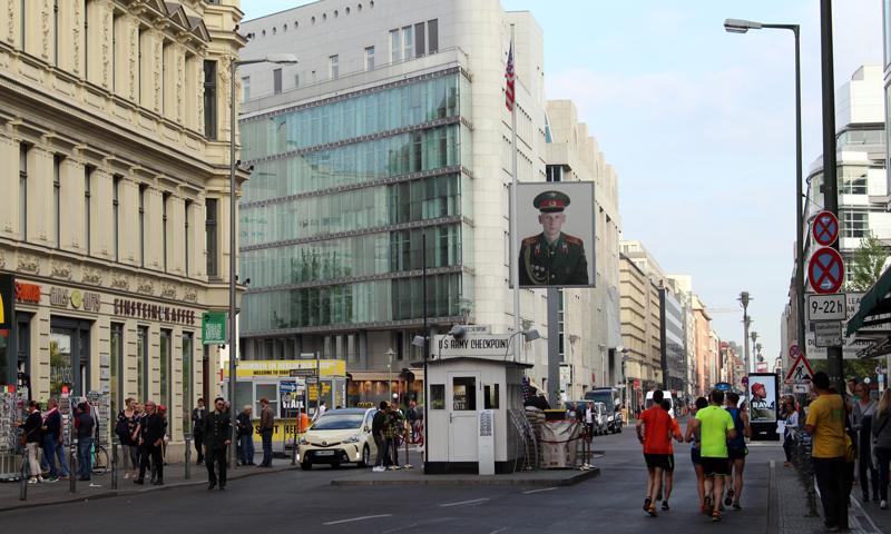 Schoolreis Checkpoint Charlie