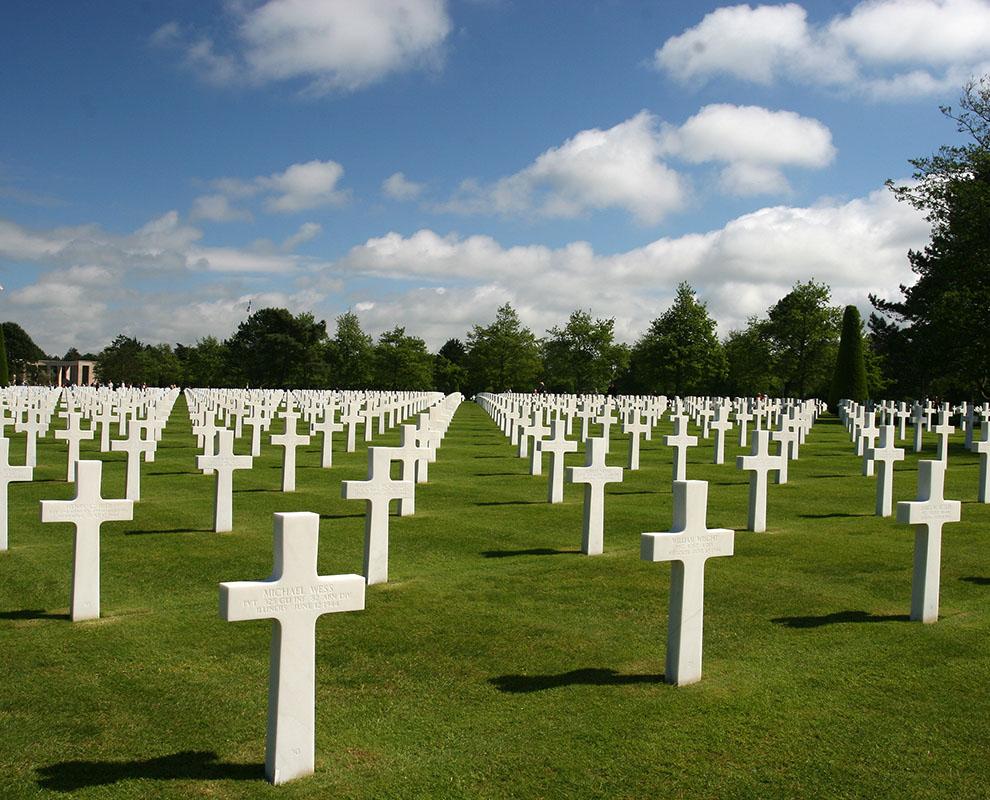 Oorlogsbegraafplaats Normandië Busreis