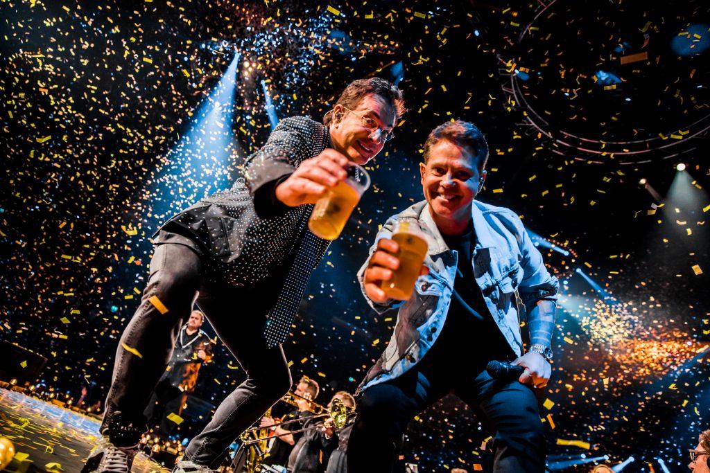Veenstra Reizen & Holland zingt Hazes Fotocredits Set Vexy