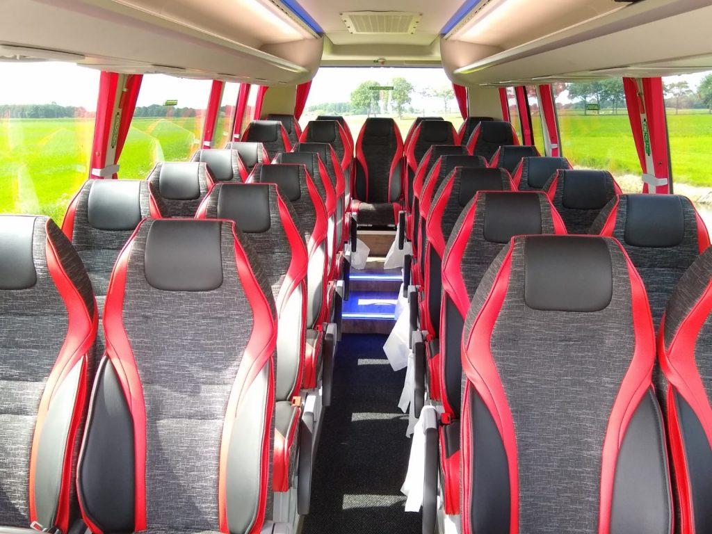 Midi bus Friesland