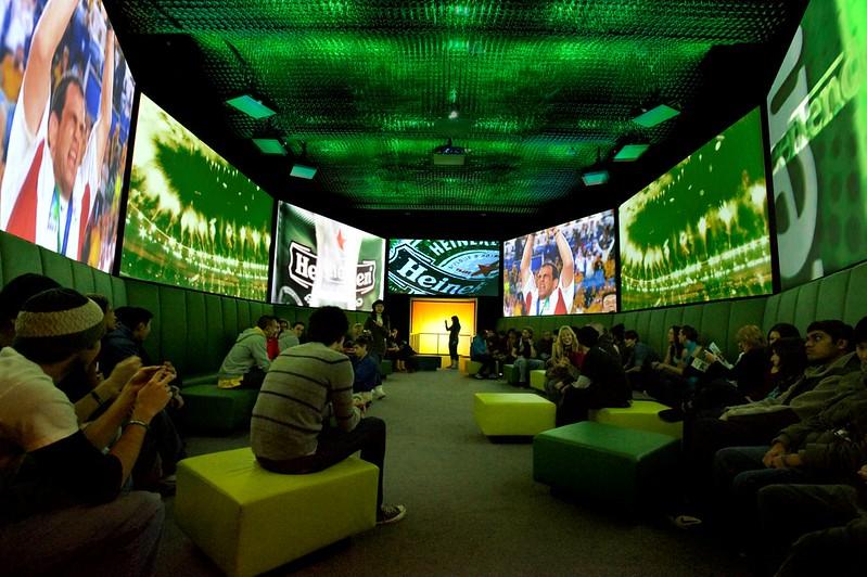 Veenstra Reizen en Heineken Experience