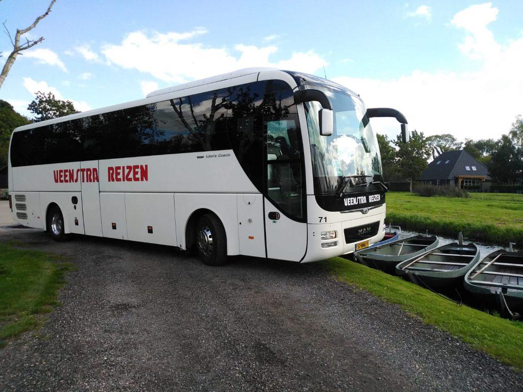 Pendelbus huren met luxe bus